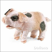 Folkmanis hand puppet grunting pig